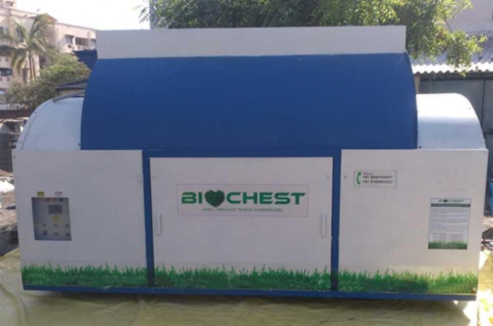 Organic waste composting machines