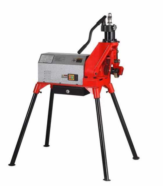 Electric hydraulic pipe grooving machine