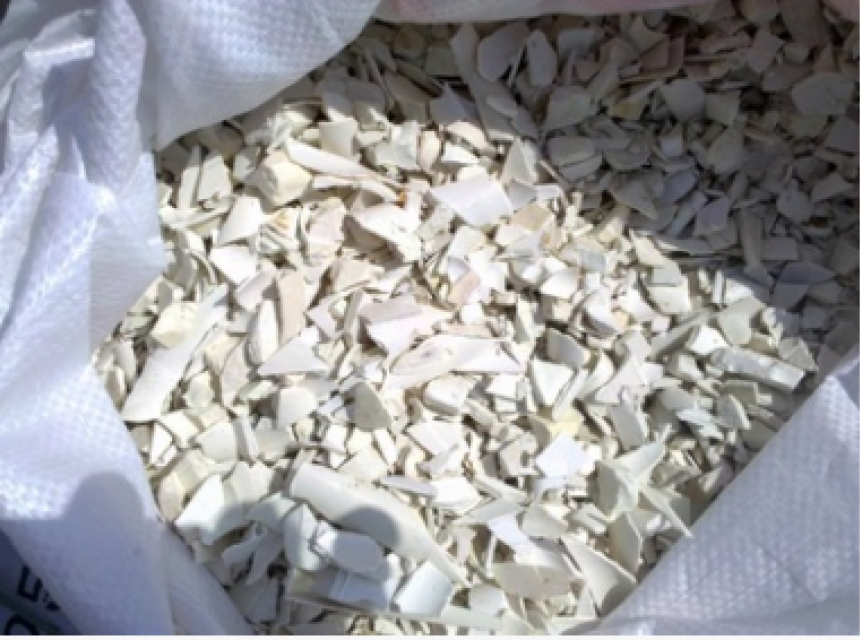 White Recycled Crushed PVC Pipe Scrap China Exporter