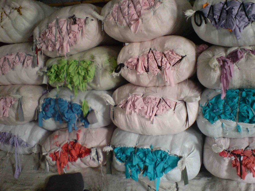 Cotton Rags (Multi color completely mutilated)